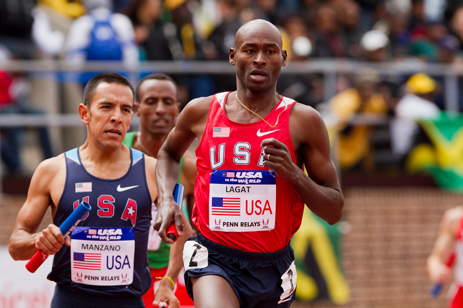 Leo Manzano runs behind Bernard Lagat in the USA vs. the world DMR. Manzano beat out Lagat to give the USA Blue team the win.
