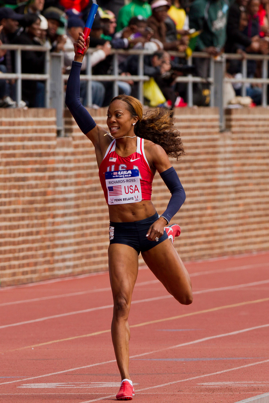 Olympic 400m gold medalist Sanya Richards-Ross anchors the USA Red team to victory in the Olympic Developmental Women's 4x400m relay.